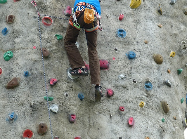 Get a Leg Up at Earth Treks Climbing Centers Columbia