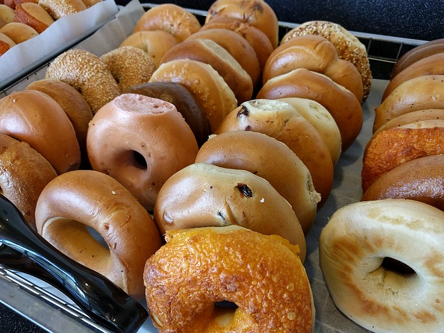 Start Your Weekend With Breakfast at Bagels 'n Grinds